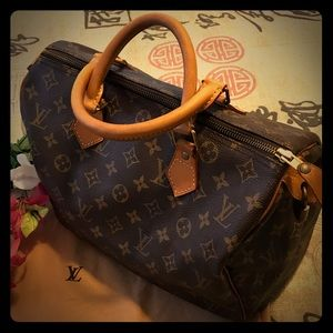 ⭐️AUTH LOUIS VUITTON SPEEDY 30 BAG⭐️IMMACULATE